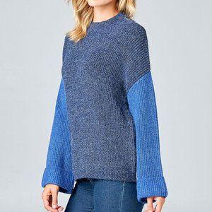 Blue Contrast Sleeve Sweater - S